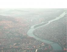 Danube Data Cube - Danube at Budapest. Aerial photo: RFG